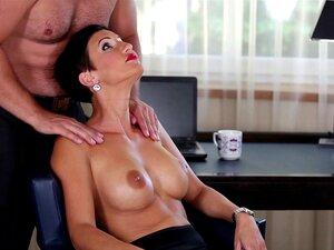 Gabrielle Stone  nackt