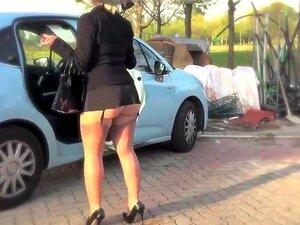 Gole skrivena zene kamera Seks srbija