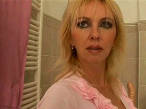 Woman Vpoorn Aas porn videos at Xecce.com