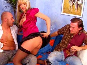 Mit füße fakes pics Natalie morales nackt Nataly FAP