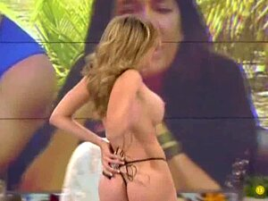 Maria Lapiedra  nackt