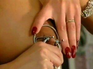 Nippelstretching Nipple Stretching
