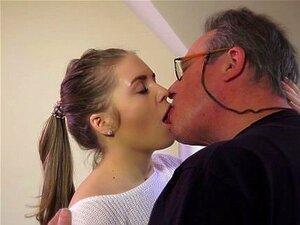 Young Sexy Teens porn videos at Xecce.com