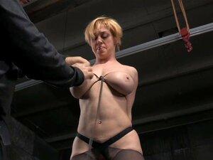 Bondage titt Bondage
