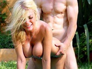 Kayla Moody Nude